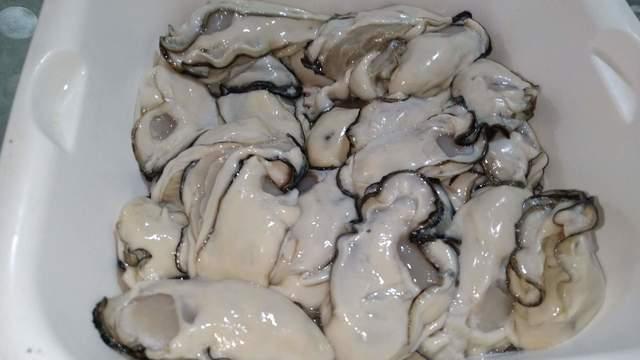 (2021.05)牡蠣のオイル漬け (2).jpg