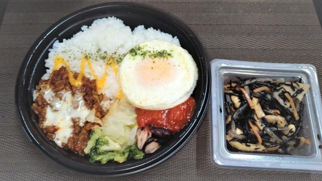 コンビニ昼食2 (3).jpg
